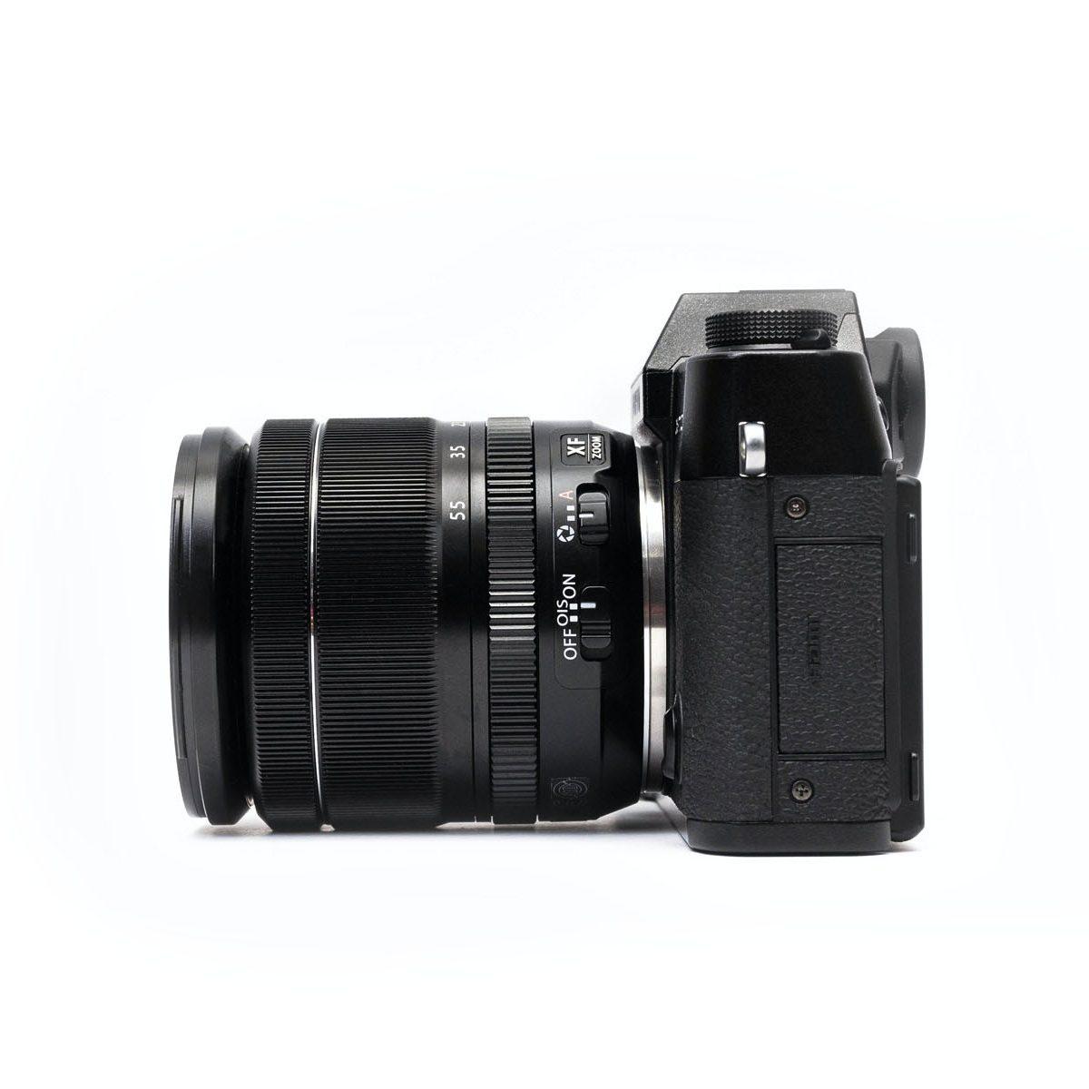 Fotokamera mit Objektiv